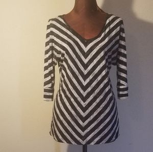 3for$20 - APT9 black and white tunic